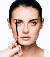 Beauty Tip of the Week: Filling in Your Eyebrows