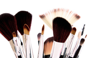 Beauty Tip of the Week: How to clean your makeup brushes