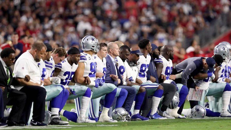 NFL+Athletes+vs.+Trump