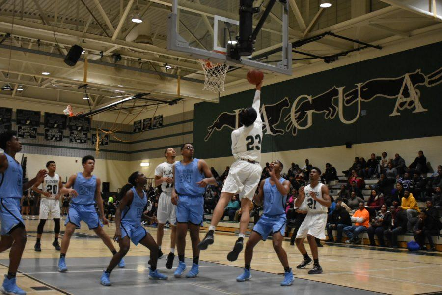 Jaguars+Basketball+Team+Undefeated+at+Home