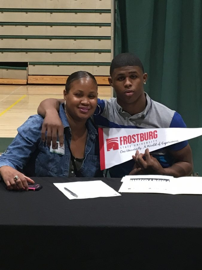 Rashawn+Gilbert+Commits+to+Frostburg+University