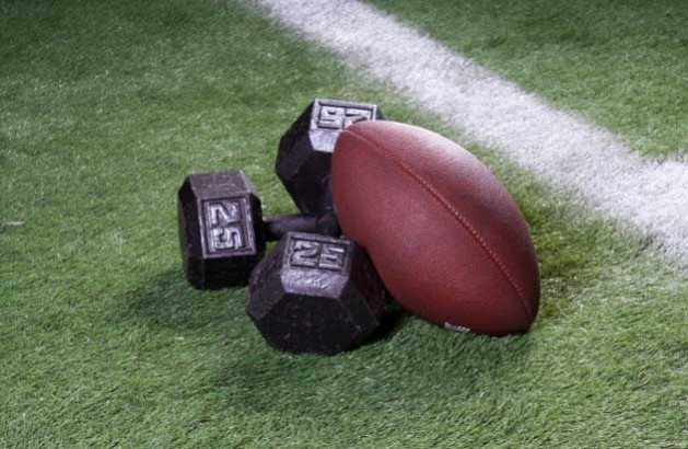 CHFHS Football Workouts !