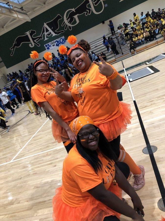 SPIRIT WEEK DAY 3: Class Color Day
