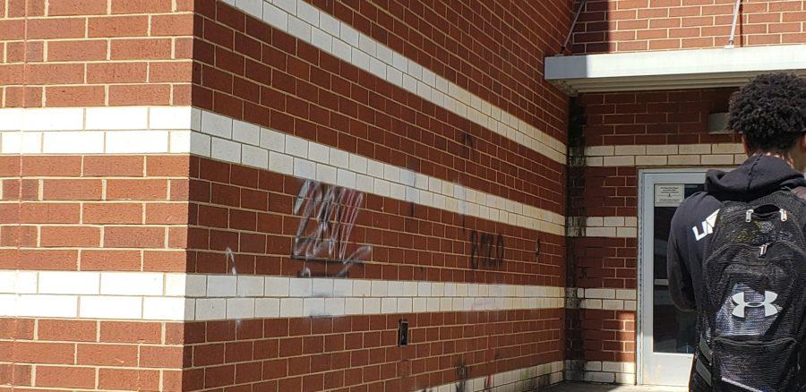 Graffiti+on+School+Property