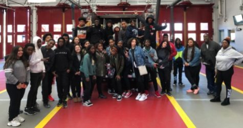 Mr.Hooker brings his 3B class to the St.Josephs fire station
