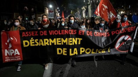 """""""Enough of violence and police brutality. Unarm the police"""""""